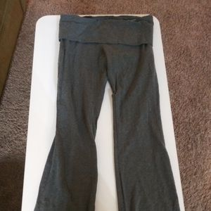 Mossimo med gray yoga workout out pants stretchy